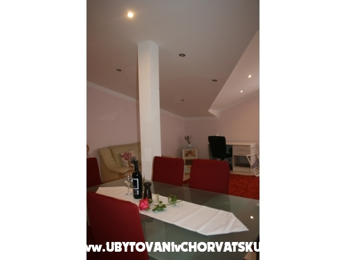"""Apartmani """" Donata"""" - Privlaka Hrvatska"""