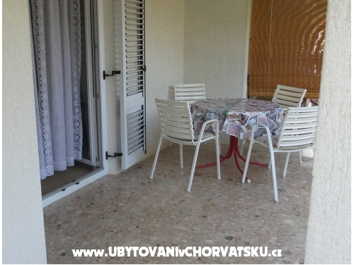 Apartments Mira - Privlaka Croatia