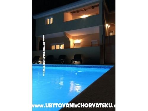 Apartmani  Nelly - Privlaka Hrvatska