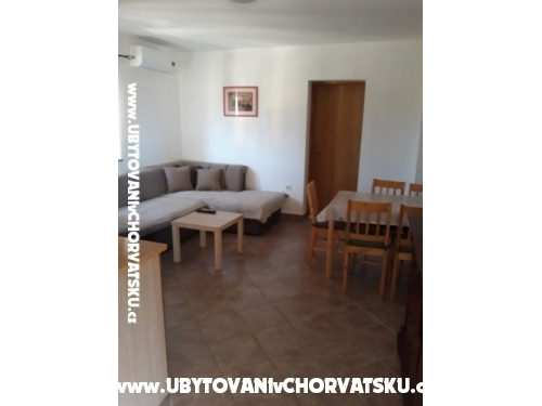 Appartements M M - Privlaka Croatie