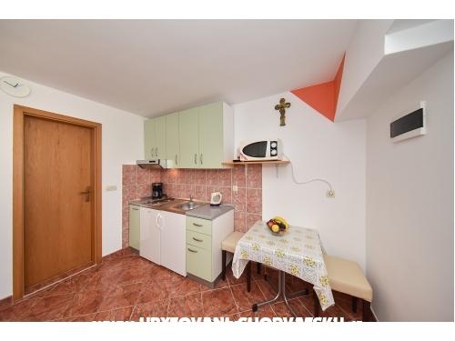 Apartamenty Liljana Ledinko - Privlaka Chorwacja