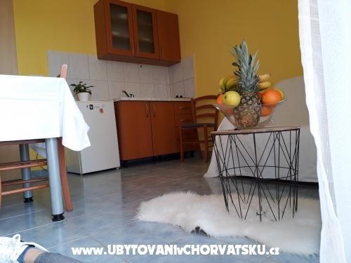 Apartmaji Marino - Privlaka Hrvaška