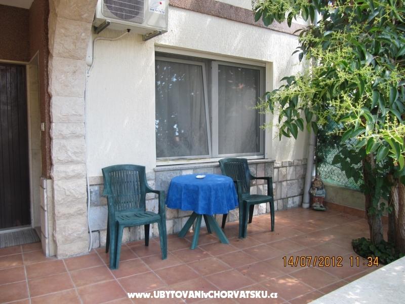 Apartmaji Polomčić - Pula Hrvaška