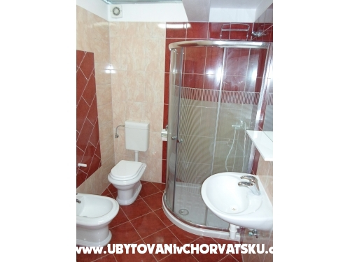 Arcobaleno Appartamenti - Pula Croazia
