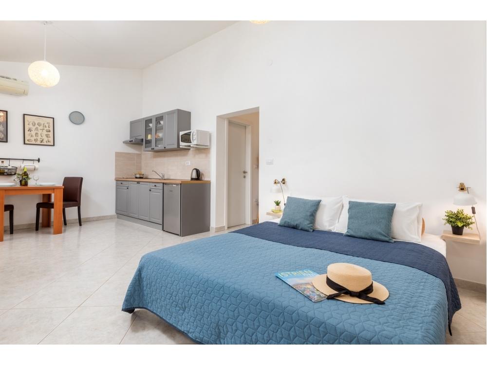 Argo - Pula Chorv�tsko