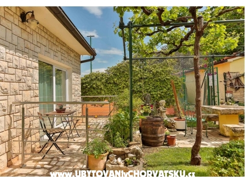 Villa Smrikve - Pula Kroatien
