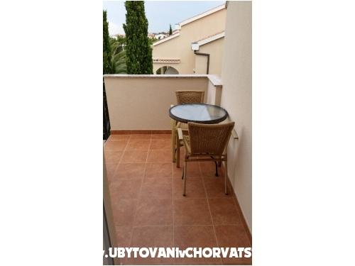 Apartmani San Marino - ostrov Rab Hrvatska