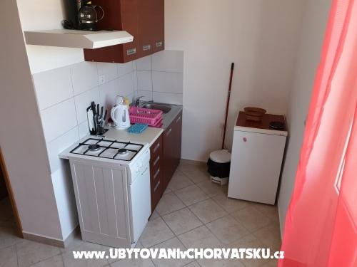 Apartments Uranus - ostrov Rab Croatia