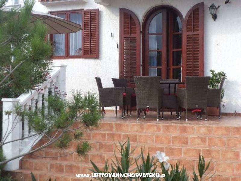 Apartmani Villa Adriana - ostrov Rab Hrvatska