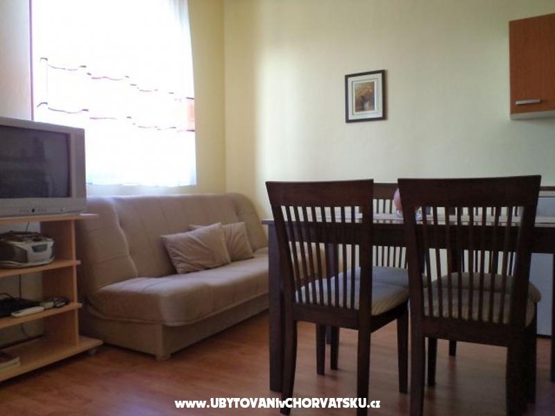 Apartm�ny Villa Adriana - ostrov Rab Chorv�tsko