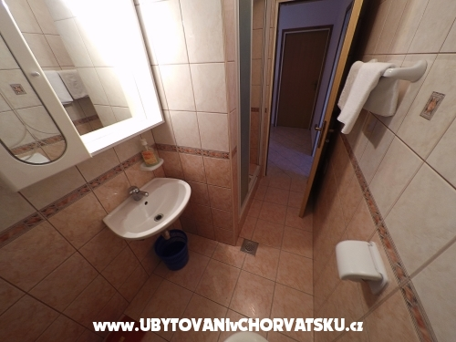 Apartm�ny Pi�uljan - ostrov Rab Chorv�tsko