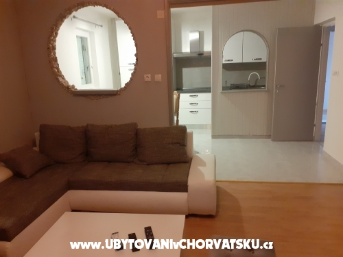 Apartments Mira - ostrov Rab Croatia
