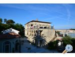 Villas Arbia - Chambres and Appartements