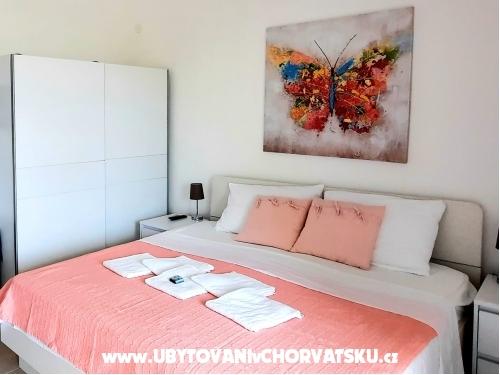 Apartmaji-Pansion Tijan - Ražanac Hrvaška