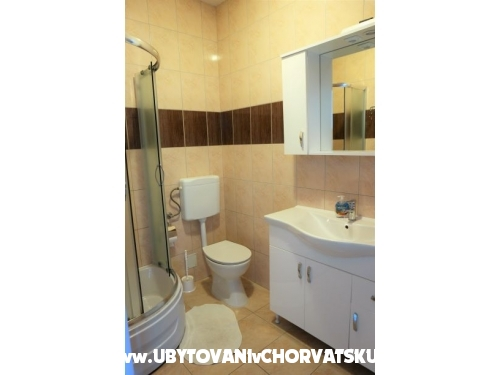 Apartments-Pension Tijan - Ražanac Croatia