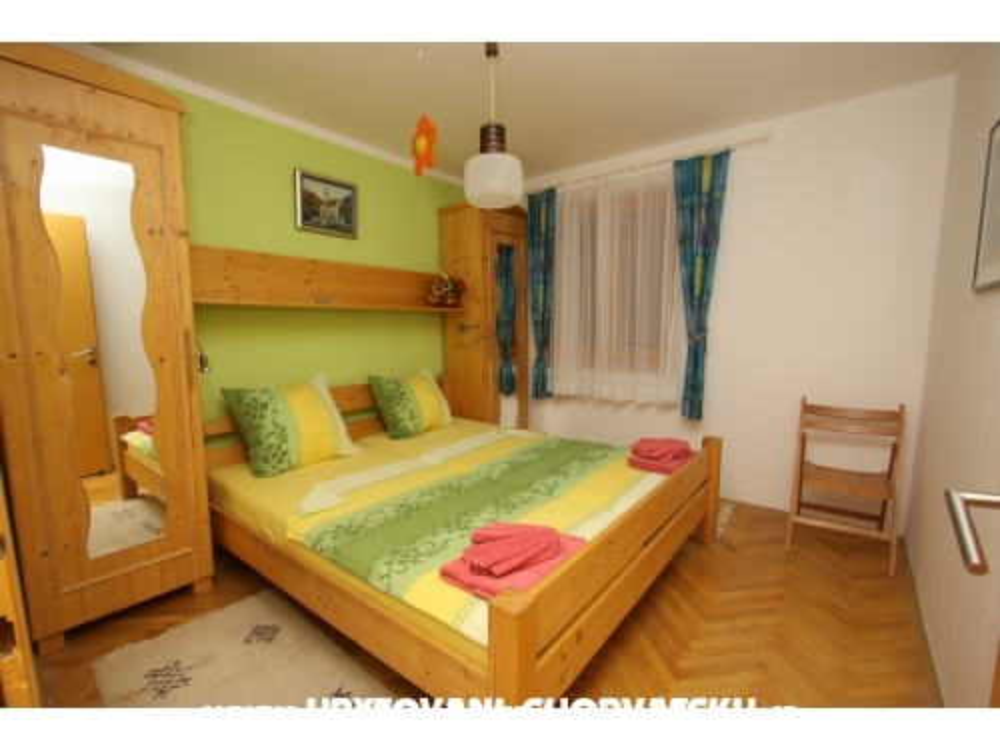 Apartmaji 4mios Rtina - Ražanac Hrvaška