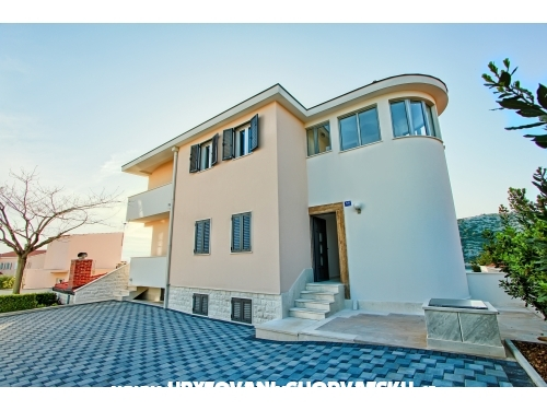 Rajcic apartmani - Rogoznica Chorvatsko