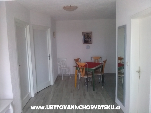 Apartm�n Mezaroca - Rogoznica Chorv�tsko