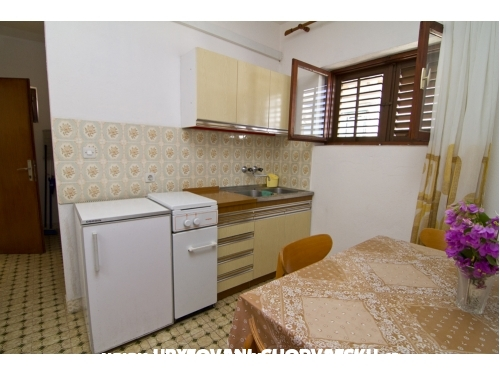 Apartments Ana - Rogoznica Croatia