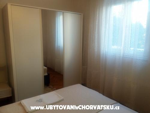 Apartm�ny Bakovi� - Rogoznica Chorv�tsko