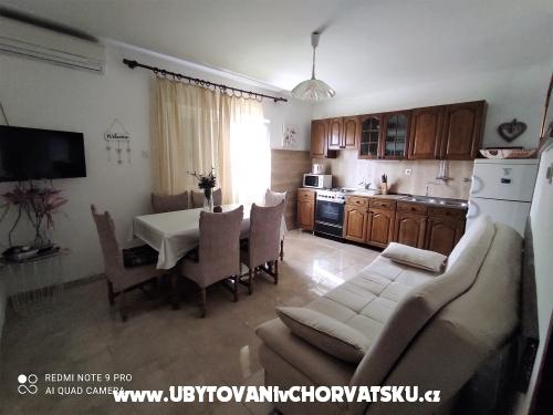 Apartamenty Baković - Rogoznica Chorwacja
