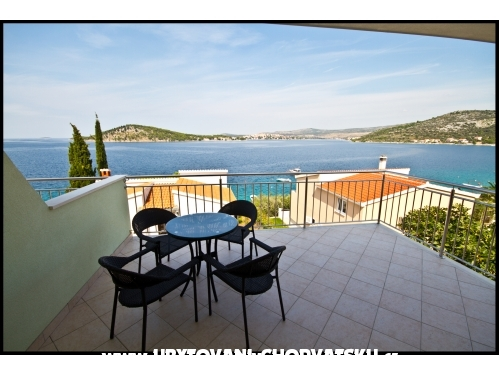 Apartments Ban - Rogoznica Croatia