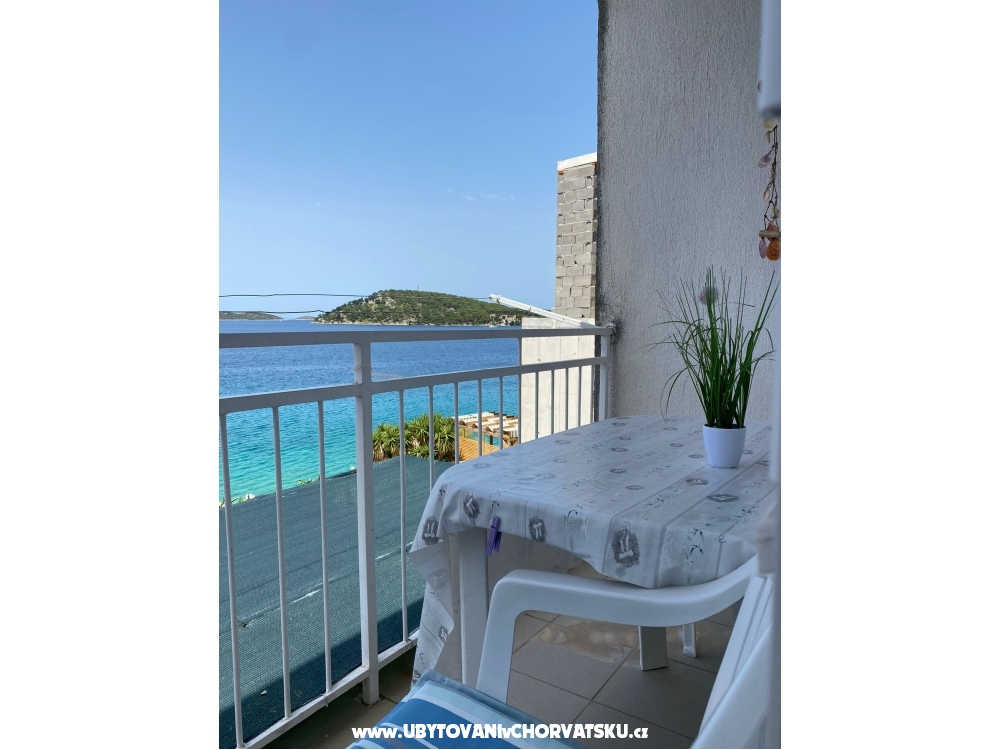 Apartments Bebe - Rogoznica Croatia