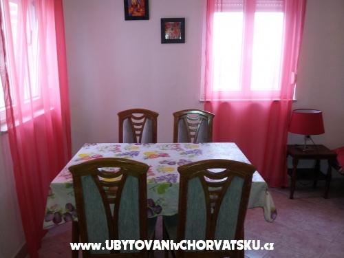 Villa Stella - Rogoznica Kroatien