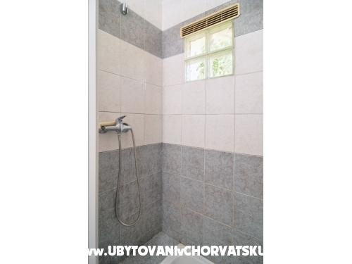 Appartements Dejo - Rogoznica Kroatien