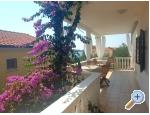 Appartements Dino - Rogoznica Kroatien