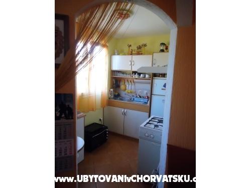 Appartamenti Doris - Rogoznica Croazia