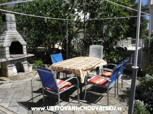 Appartamenti Ljuba - Rogoznica Croazia