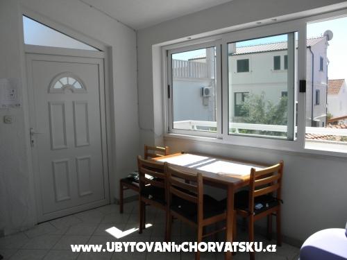Appartementen Ljuba - Rogoznica Kroatië