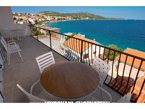 Apartments Igor - Rogoznica Croatia