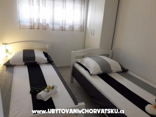 Apartmány Nika - Rogoznica Chorvatsko