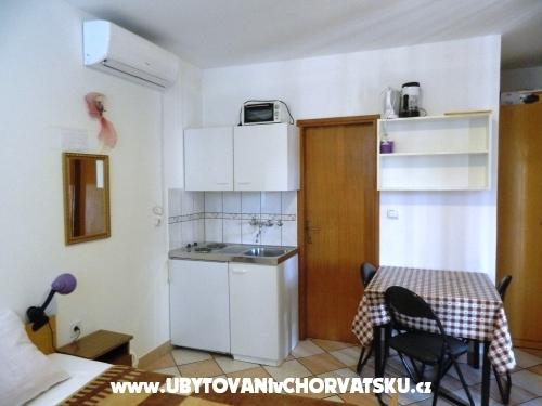 Apartments Jakoubek - Rogoznica Croatia