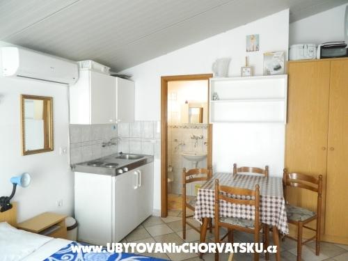 Apartmanok Jakoubek - Rogoznica Horvátország