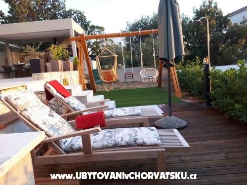Appartements Jelena - Rogoznica Kroatien