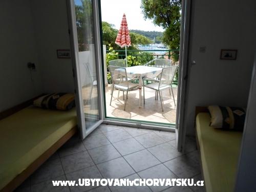 Apartm�ny Karabati� - Rogoznica Chorvatsko
