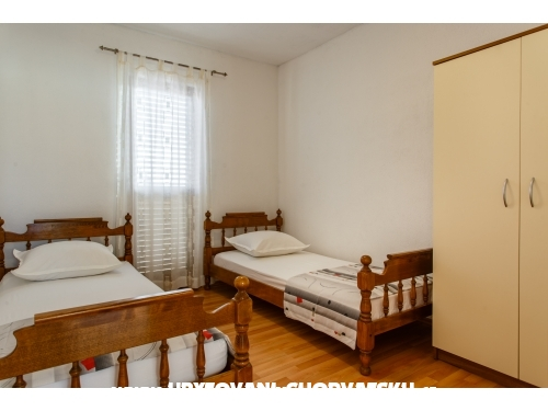 Apartments Laim - Rogoznica Croatia