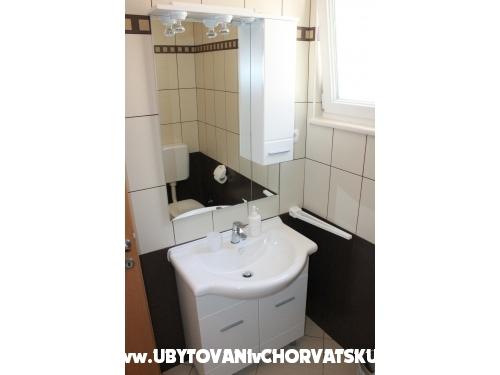 Apartmani Leon - Rogoznica Hrvatska