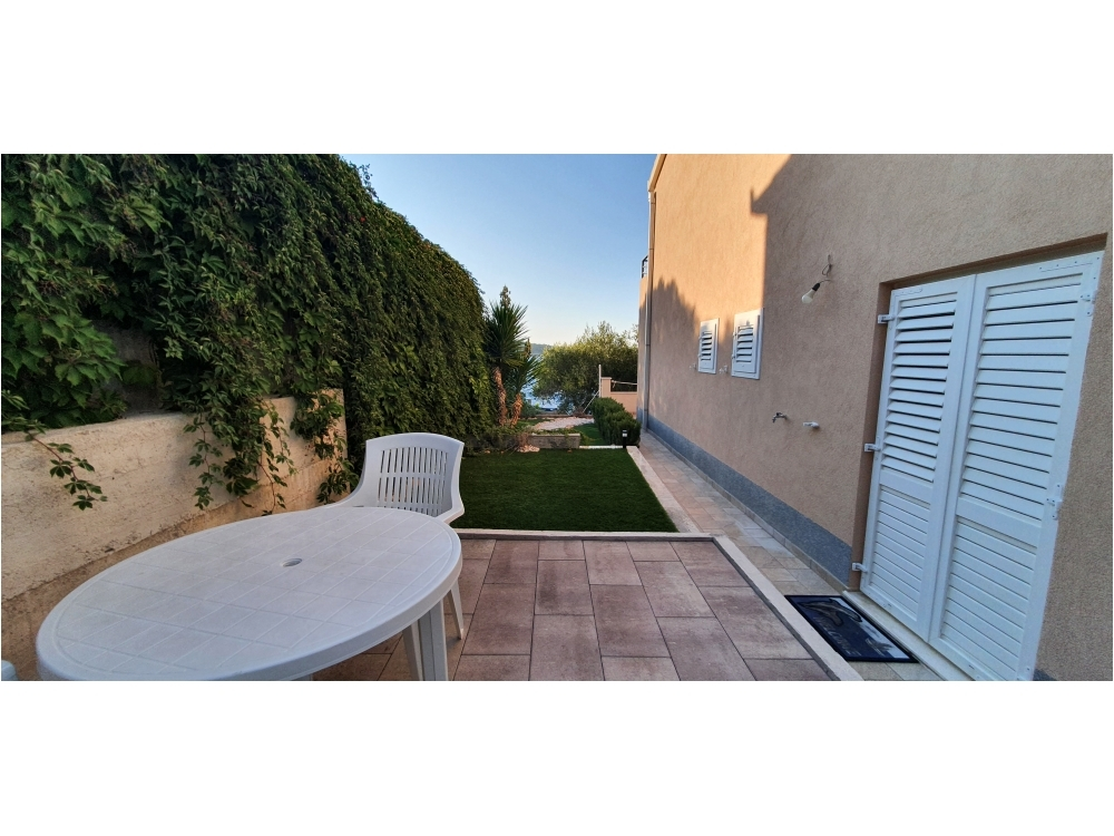 Appartements Maris - Beach Haus - Rogoznica Kroatien