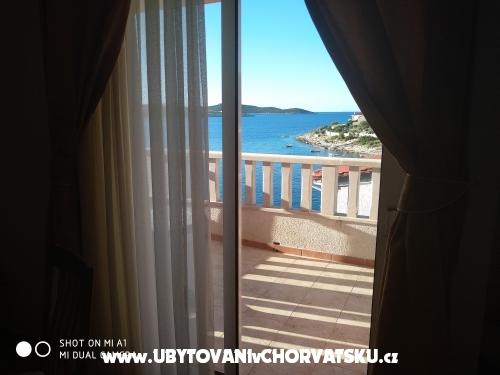 Case vacanza Magdalena Kanica - Rogoznica Croazia