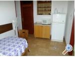 Appartements Miki - Rogoznica Kroatien