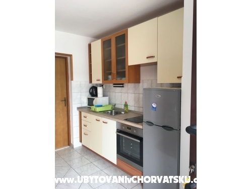 Apartments Milan - Rogoznica Croatia