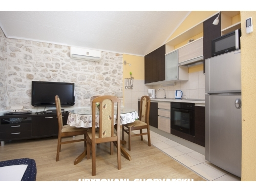 Casa NEDA - Rogoznica Croazia