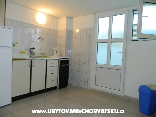 Ferienhaus, Nikša - Rogoznica Kroatien