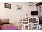 Appartements Nives - Rogoznica Kroatien