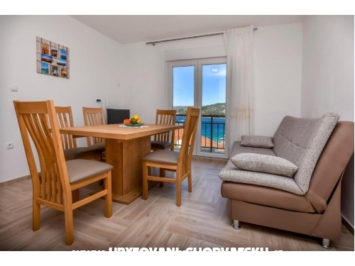 Apartments Ru�a - Rogoznica Croatia