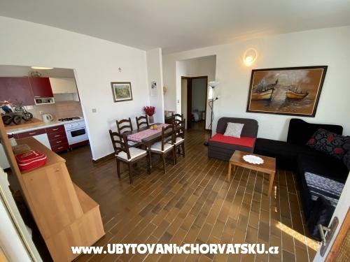 Apartmaji Ružica - Rogoznica Hrvaška